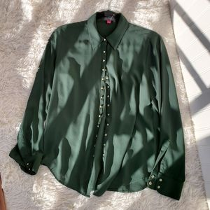 Vince Camuto Green Long Sleeve Gold Stud Blouse